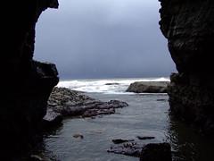 Robin Lythe's cave at North Landing, Flamborough (cdc_bloke) Tags: robin cove north landing cave flamborough lythe