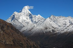 Ama Dablam (Larry He) Tags: park nepal camp mountain trek landscape peak national himalaya everest sherpa base     sagarmatha