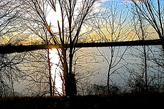 5:24 pm   3/13/2008 (redagainPatti) Tags: sunset mississippi sunsetsunrise redagain