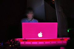 Electro Mac (Tetsumo) Tags: party apple mac dj fiesta electronica electronic electrnica