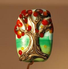 sunny day tree bead