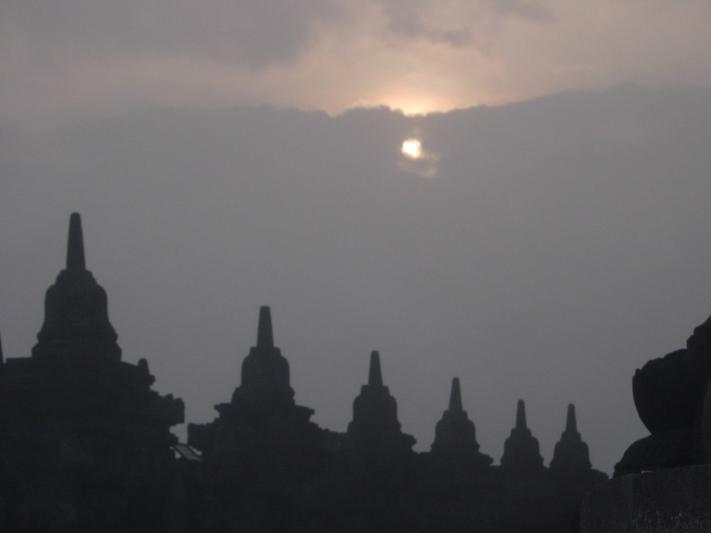 Sunrise at Borobudur Templer