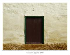 Nº 5 (*atrium09) Tags: door españa texture island spain puerta 5 five canarias olympus tenerife canarian isla atrium09 abigfave artlibre goldenphotographer rubenseabra