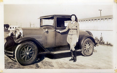 (anyjazz65) Tags: girl dressup transportation jodhpur foundphotograph girl2 jodhpurs ajo65 slideshow03 carandi bloggedjodhpurs200910