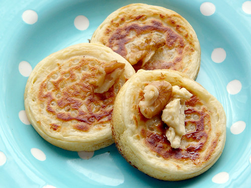 home made crumpets