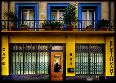 caf bar restaurant... (*bratan*) Tags: door windows house paris france caf bar facade restaurant bravo cheers hdr buiding menilmontant xoxoxo themoulinrouge photomatix infinestyle thegardenofzen pouletteahhhhhhhhhhhhhhhhhh