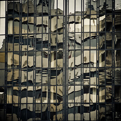 (neontiger) Tags: reflection mirror hamburg brogebude architektur flickrmeet spiegelung reflektion citynord bros 70erjahre