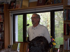 100_4984 Mike Konopacki at Politics and Prose