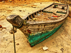 Abandoned Boat HDR (Life in AsiaNZ) Tags: china wood abandoned beach canon boat wooden sand asia rope powershot    hdr beihai  guangxi silverbeach   g9 gseries   canong9  lifeinnanning flickrgiants