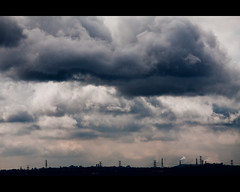 heavy cloud (pooldodo) Tags: sky cloud canon eos is taiwan taipei    efs  50d f456 canon is 55250mm pooldodo