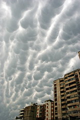 Trouble Brewing (Bhlubarber) Tags: city travel sky urban storm art southamerica argentina weather clouds media extreme dramatic social trouble cordoba doom mammatus impending foreboading aop conosur twitter dianefarris davidniddrie goldstaraward lpbest2007
