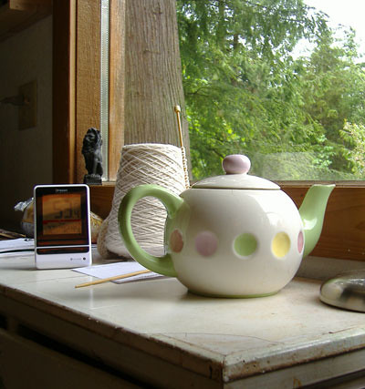 teapot unclothed