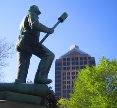 Down with progress! (DannyAbe) Tags: monument statue rochester publicart forcedperspective veterans bauschlomb
