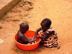 Children in Uganda (Peter Schnurman) Tags: africa children uganda kampala eastafrica kamwokya