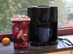 Cafetera Tomado (Xesc) Tags: delft fairtrade comercio kamer cafetera comerciojusto koffee tomado justo oke insulindeweg