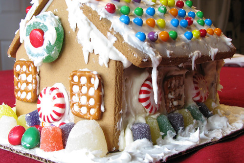 Gingerbread House by terren in Virginia.