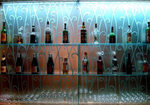 Le bar de l'Hotel du Pas de Calais, 3 étoiles de charme près du jardin du Luxembourg