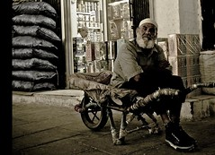 (| Rashid AlKuwari | Qatar) Tags: old man sad traditional souq doha qatar wagif  qtr     alkuwari lkuwari