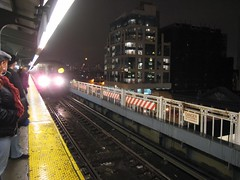 Queens-bound N train, Queensboro Plaza station