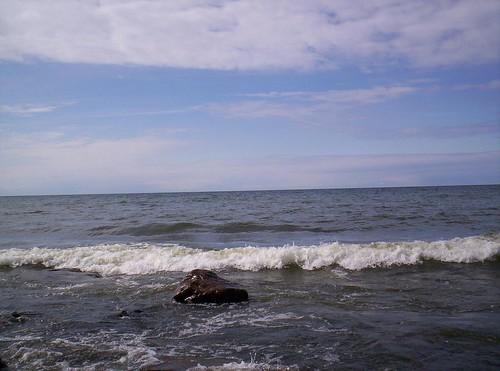 05 Lake Ontario waves
