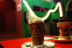 Caffè bomba e Cioccolata in tazza alla mandorla (Giù*Lia) Tags: coffee whippedcream nutella caffè cesena eraclea pannamontata nerosubianco nikond80 caffèbomba cioccolataintazzaallamandorla