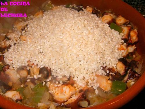Arroz con polbo-añadir arroz 1+