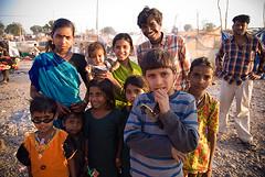 One photo, please! (Katarzyna Rostalska) Tags: girls boy india boys girl kids children asia indianboy indiangirl indianchildren kahros beneshwar katarzynarostalska rostalska akssak