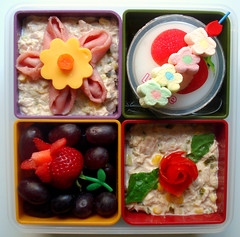 Flowers! Bento #38 (Laura Bento) Tags: flowers rose cheese tomato salad corn strawberry pudding ham marshmallow tulip tuna lychee inomata partyminibento stempick