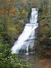 Dingmans Falls (magarell) Tags: autumn fall waterfall pa pikecounty dingmansfalls delawarewatergapnra