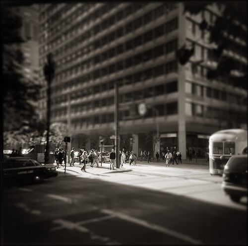 Downtown SF Commute Holga Plus-X Rodinal 1-50 11min 21C 1minAg 11-2007 VS 4990 Scan-071130-0006 TSM