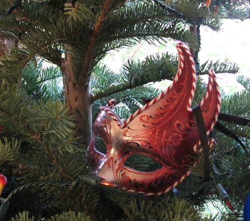 tree mask