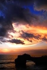 R0010099-w (calvin_y) Tags: sunset bali tanahlot