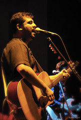 Raghu Dixit, live at the Blue Frog (0101000010101011111) Tags: show blue music rock concert pub live indoor frog bombay mumbai rockshow bluefrog raghu dixit raghudixit