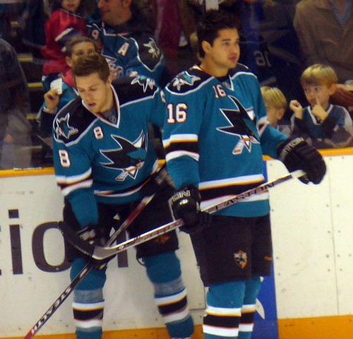 Joe Pavelski (8) and Devin Setoguchi