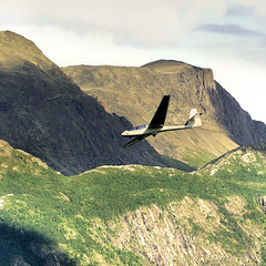 Fly like an Eagle! (Bn) Tags: speed flying aircraft altitude soaring gliding soe gliders pilot sailplanes zweefvliegen blueribbonwinner flylikeaneagle freelikeabird abigfave anawesomeshot superbmasterpiece excellentphotographerawards theperfectphotographer unpoweredaircraft risingair