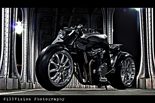 Suzuki GSXR Streetbike - Bob'R KMP in Paris by WillVision