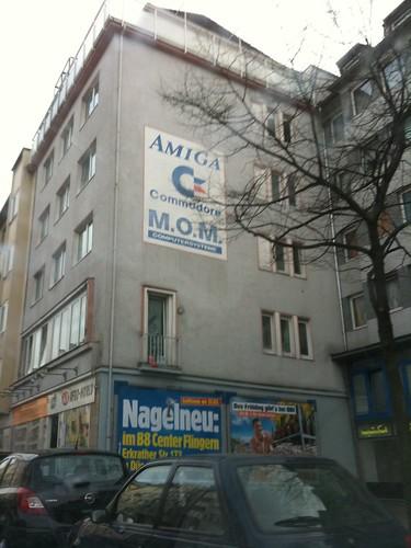 Commodore-Amiga-Werbung an einer Düsseldorfer Hauswand. Im Jahr 2010.