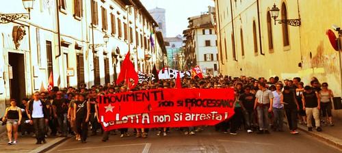 In 1500 al corteo a Firenze. Il movimento non si processa.