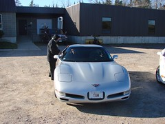 Lois was too cold to get out (redvette) Tags: corvette rivervalleyvettes redvette tomhiltz