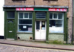 Closed (Davy Ellis) Tags: shop cobbles grocers