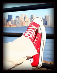 Chuck and the City (LifeAsIPictured) Tags: city nyc red newyork snickers converse tenis mybaby dominicana chuck 2008 allstar mylove duquesa monserrat feb21 countryfeelings mercedesramirezguerrero duquesam mercedesramirez studioduquesa duquesamercedes dominicanrepublicpictures lifeasipictureit