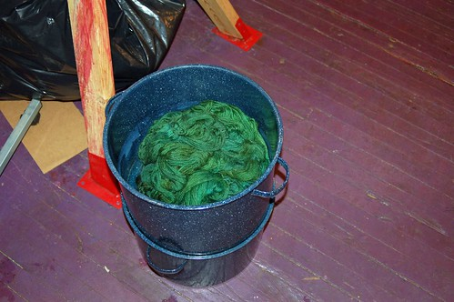 Dye pot of cooling yarn
