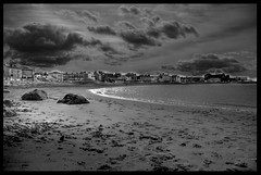 Morcambe Bay - IMGP1061_2_3 (isdky) Tags: bw beach monochrome aperture pentax framed shore 1855mm hdr morcambe shorescape morcambebay sitegallery k10d pentaxk10d justpentax