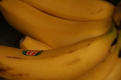 banana's (Steve-kun) Tags: cola banana jp coca flickrcom stephendraper stevedraperpictures draperphotography stephendraperphotography  flickrjp flickrflickr jpcom