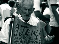 Ateno - Batista Campos (fabricio araujo) Tags: campos mendigo esmola pedinte idoso batista