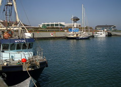 Helgoland Harbour ... (bayernernst) Tags: deutschland meer wasser ship harbour transport transportation april hafen 2008 nordsee schiff segelboot helgoland kutter schifffahrt seegelboote flickrblick 23042008 snc17456
