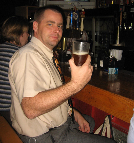 05_enjoying the pint