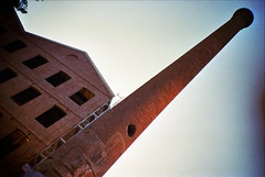 poblenou (la_Chess) Tags: ladrillos chimenea poblenou
