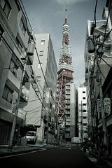 How can I get to there? (Nixie+) Tags: tower japan d50 tokyo tokyotower 東京タワー akabanebashi