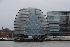 Prefeitura de Londres / London's City Hall (Marcio Cabral de Moura) Tags: uk greatbritain inglaterra winter england london rio thames river geotagged europa europe unitedkingdom cityhall sony londres gb h2 inverno thamesriver 2007 prefeitura reinounido riotmisa tmisa grbretanha
